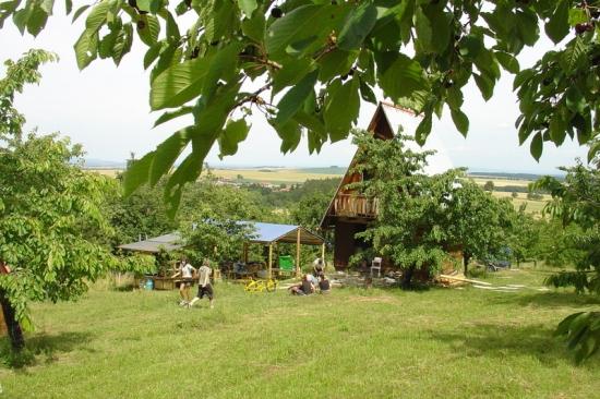 Chata na tábořišti Třešinka